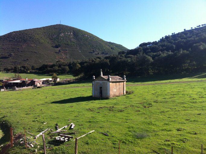 sur la route entre Poretta et Corti